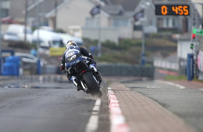 Michael Dunlop kicks up the gravel North West 200 2016 - click to enlarge