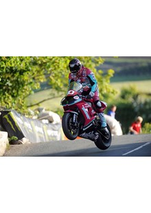 Conor Cummins Superstock Ballaugh Bridge TT 2010