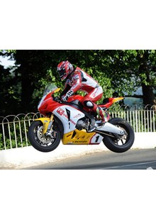 Gary Johnson Ballaugh Bridge Superbike Practice