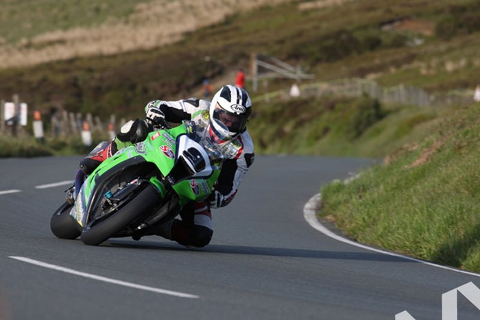 Michael Dunlop TT 2011 Guthries - click to enlarge