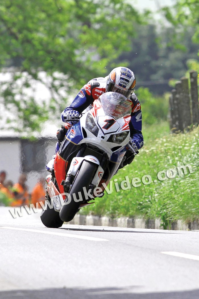 John McGuinness TT 2012 Barregarrow Superbike Race Portrait - click to enlarge